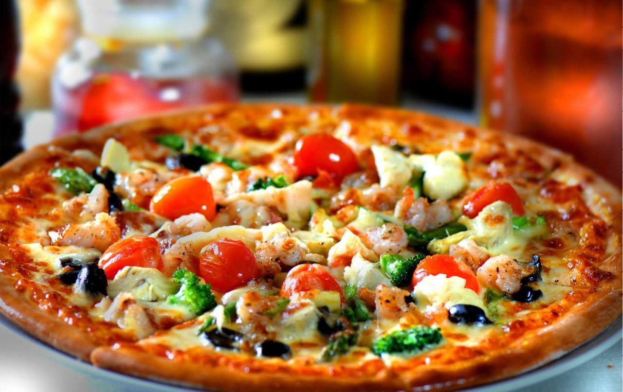 3 самых простых рецепта вкуснейшей пиццы из того, что под рукой