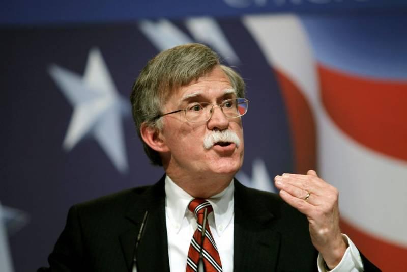 Болтон предостерег Россию от развертывания войск в Венесуэле новости,события, политика