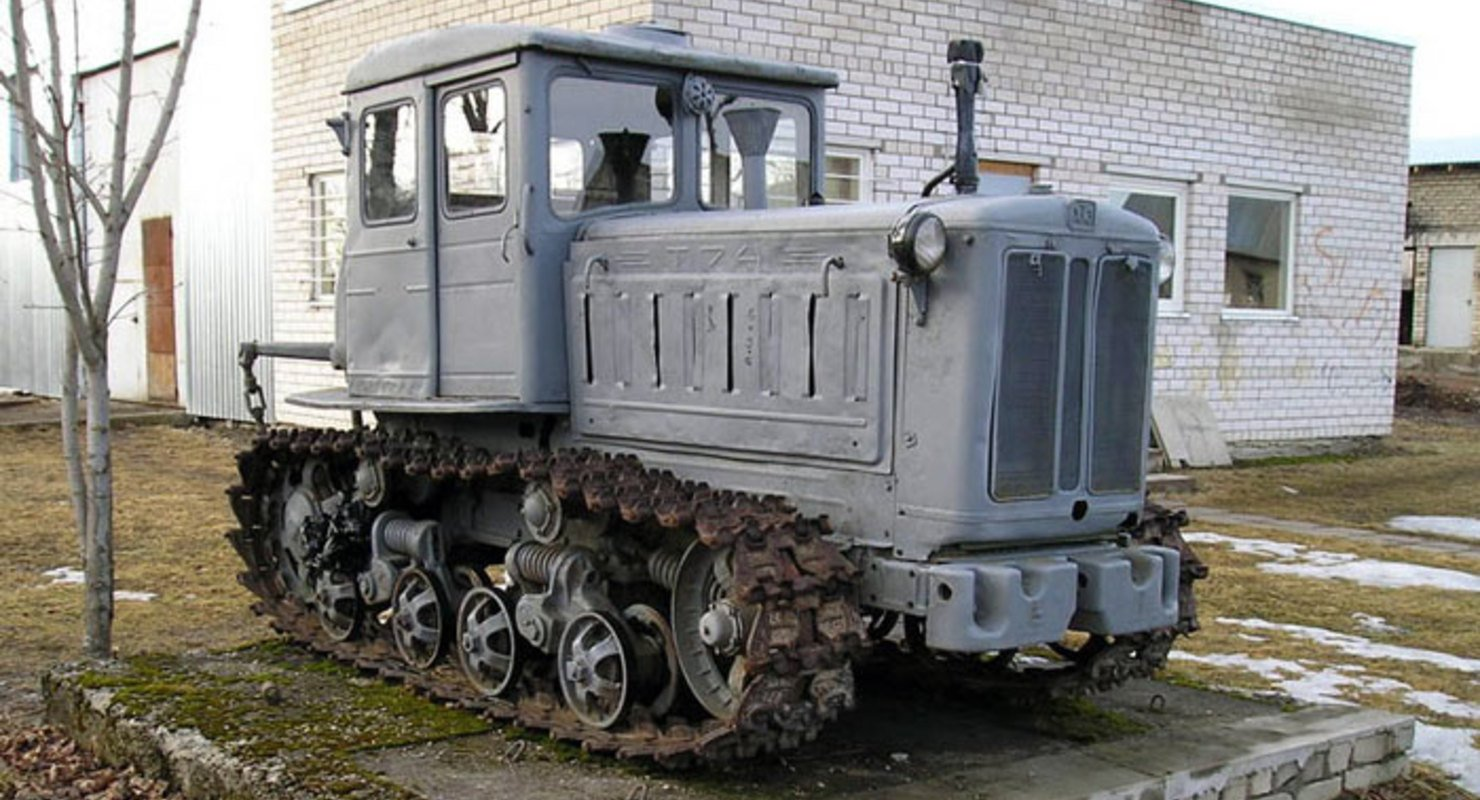 В чем схожесть и различие Харьковских тракторов Т-74 и Т-150? Исследования