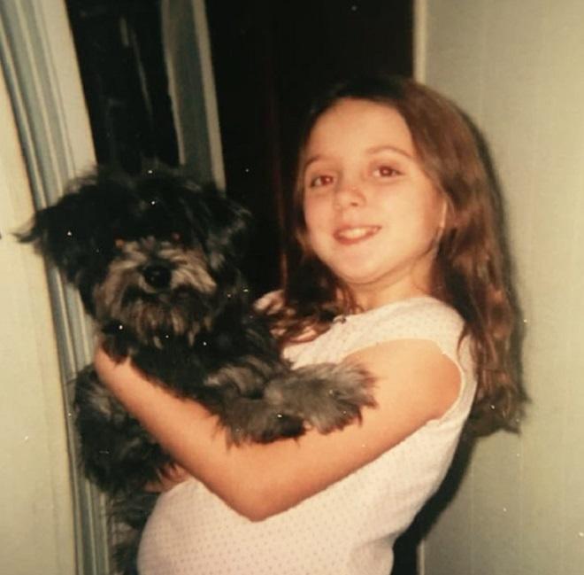 Когда девочка расставалась с собакой, она и подумать не могла, что спустя годы вновь ее встретит истории из жизни