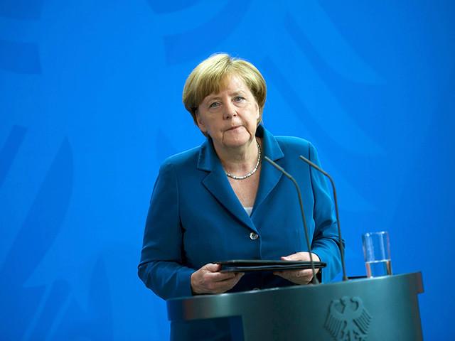 """""""Напьешься-будешь!"""": Меркель заявила, что на месте погибших в Мюнхене и Ницце может быть каждый"""