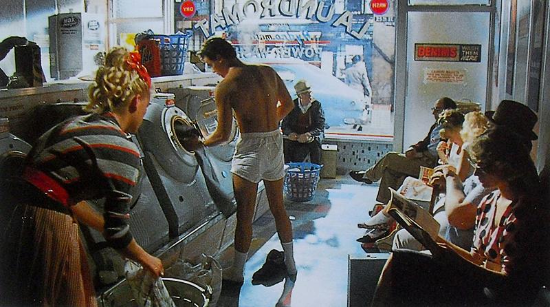 Почему американцы стирают в прачечных, а не дома?