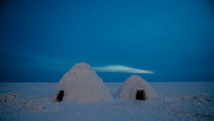 Чем меньше иглу, тем теплее и комфортней будет внутри.   Фото: vesti.ru.