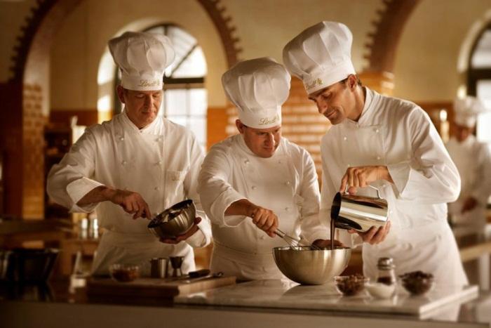 Самые необычные профессии, связанные с едой и алкоголем