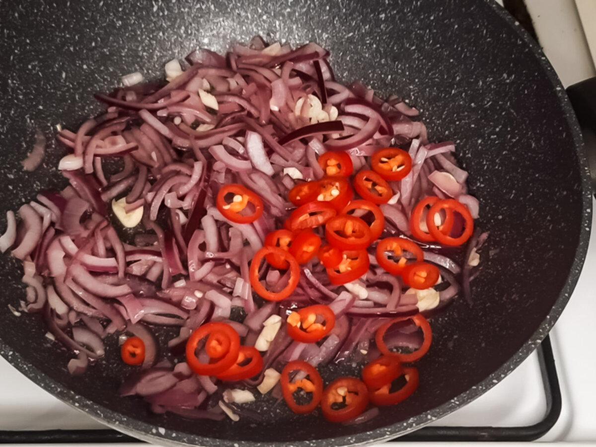 4 рецепта лёгких овощных супов минут, добавляем, фасоль, нужно, перец, можно, варим, обжариваем, морковку, кубиками, очень, жарим, овощи, кастрюлю, бульон, вливаем, болгарский, овощей, чеснок, просто