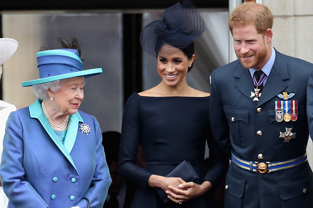 Принц Гарри просил у Елизаветы II благословения назвать дочь в ее честь