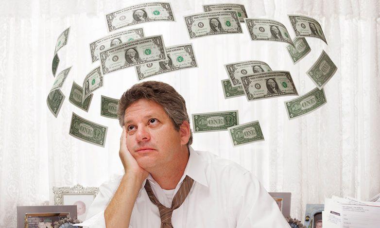 9 основных причин, почему вам не хватает денег