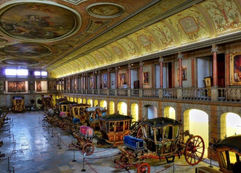 Экскурсия по Национальному музею карет в Лиссабоне