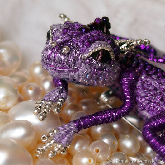 Brooches handmade. Order Brooch dragon 'Princess Violetta'. Brooch beads. Royal Purple. master Alena Litvin. Livemaster. Purple