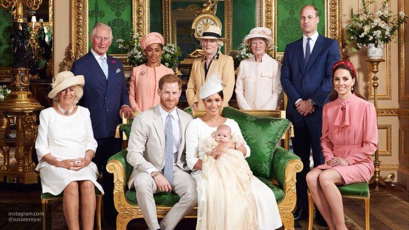 """Отец Меган Маркл считает, что его дочь """"опошляет"""" королевскую семью"""