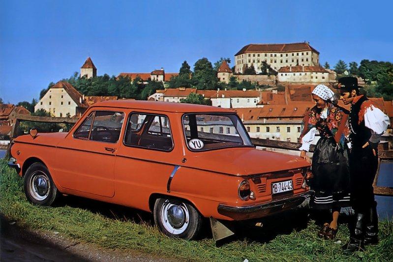 И, конечно, известный в нашей стране пример советского заднемоторного седана – ЗАЗ-968. Да, его тип кузова относится к редкому классу двухдверных седанов. заднемоторная компоновка, седан