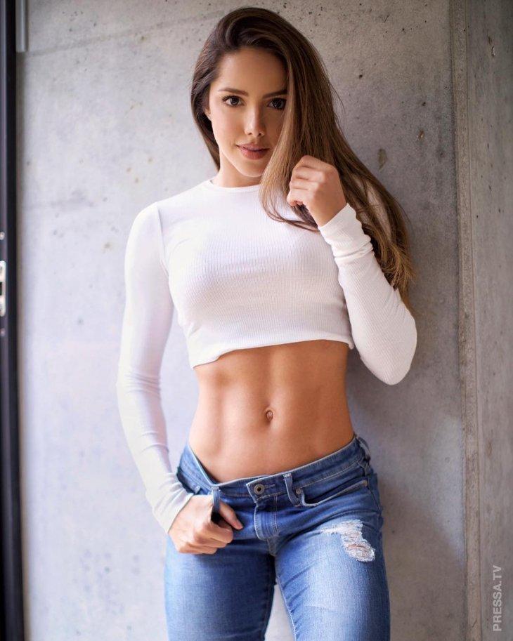 Модель Сильвана Араужо - Девушка Дня фотография