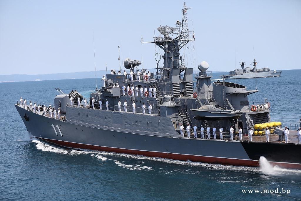 Россия отогнала НАТОвский корабль «братушек», прибывших на учения «Си Бриз»