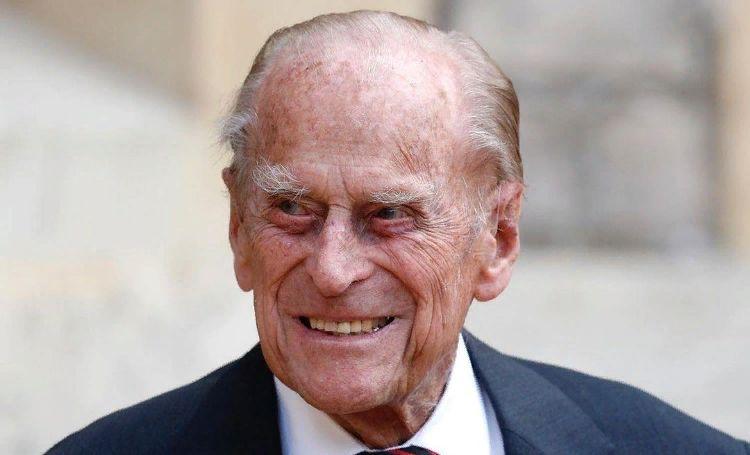 Муж королевы Елизаветы II принц Филипп госпитализирован в Лондоне Монархи,Новости монархов