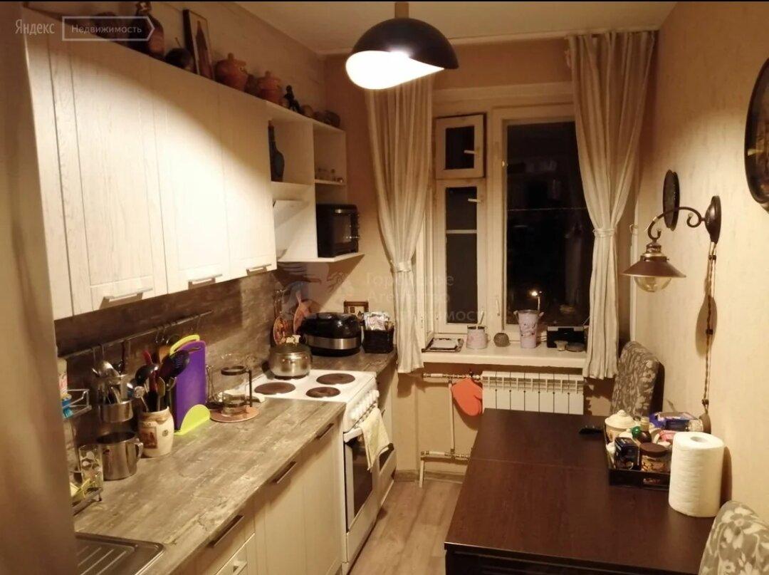 Трёхуровневая 1-комнатная квартира в Питере: чудо советской архитектуры идеи для дома,интерьер и дизайн