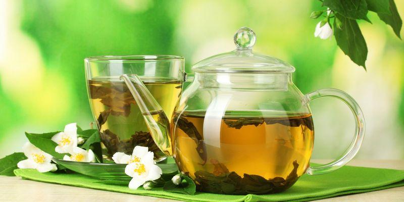 Монастырский чай помогает в …