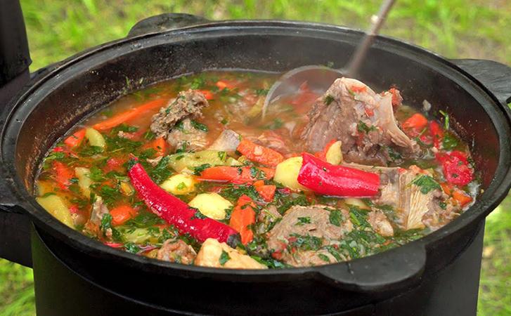 Шурпа в казане: превращаем баранину в главный узбекский суп. Получается с первого раза