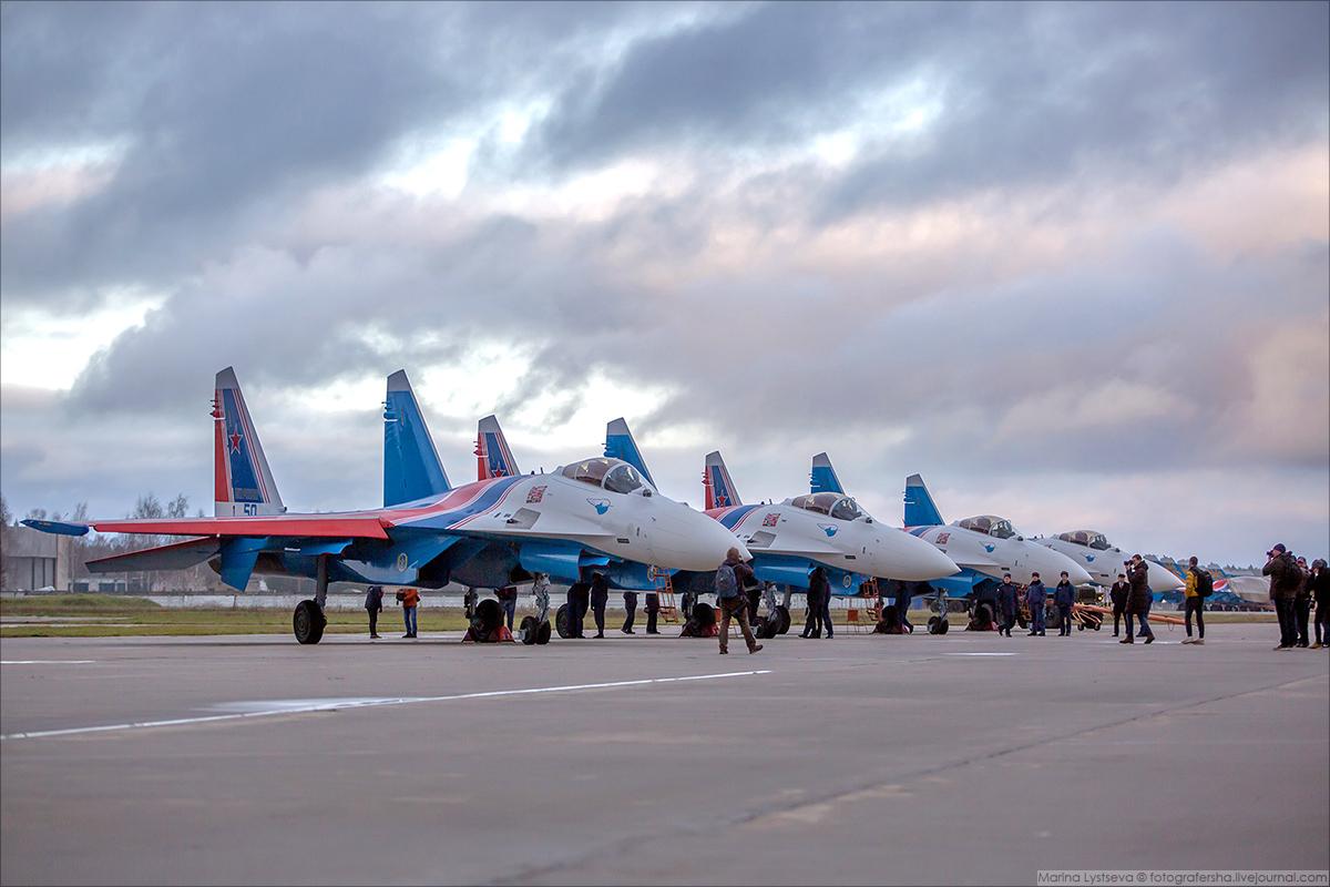 """""""Русские Витязи"""" получили четыре новейших Су-35С"""