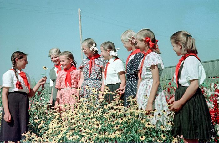 Привычки из СССР, которые пошли бы на пользу современным детям