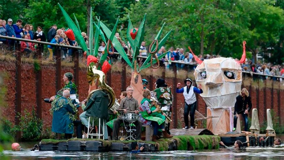 Потрясающие фотографии с парада Босха