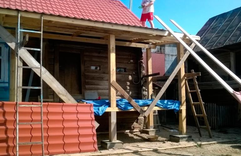 Сын воплотил в жизнь мечту матери: немного обновил дом и пристроил веранду домашний очаг,,рукоделие,своими руками,умелые руки
