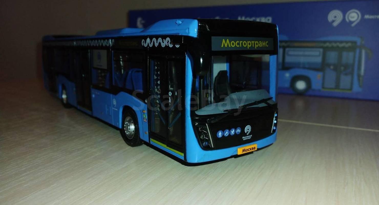 Масштабная модель автобуса НЕФАЗ-5299 открывается и светится Исследования