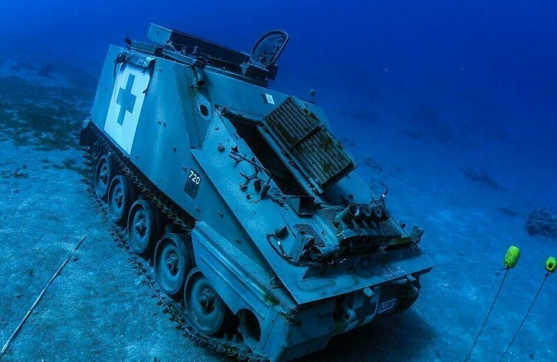 Иордания открыла свой первый подводный музей военной техники военная техника,Марки и модели