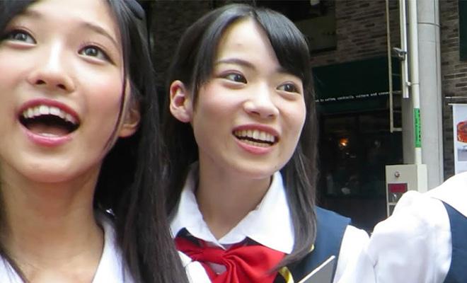 Турист приехал в японскую глубинку и снял реакцию японок, которые впервые увидели россиянина: видео