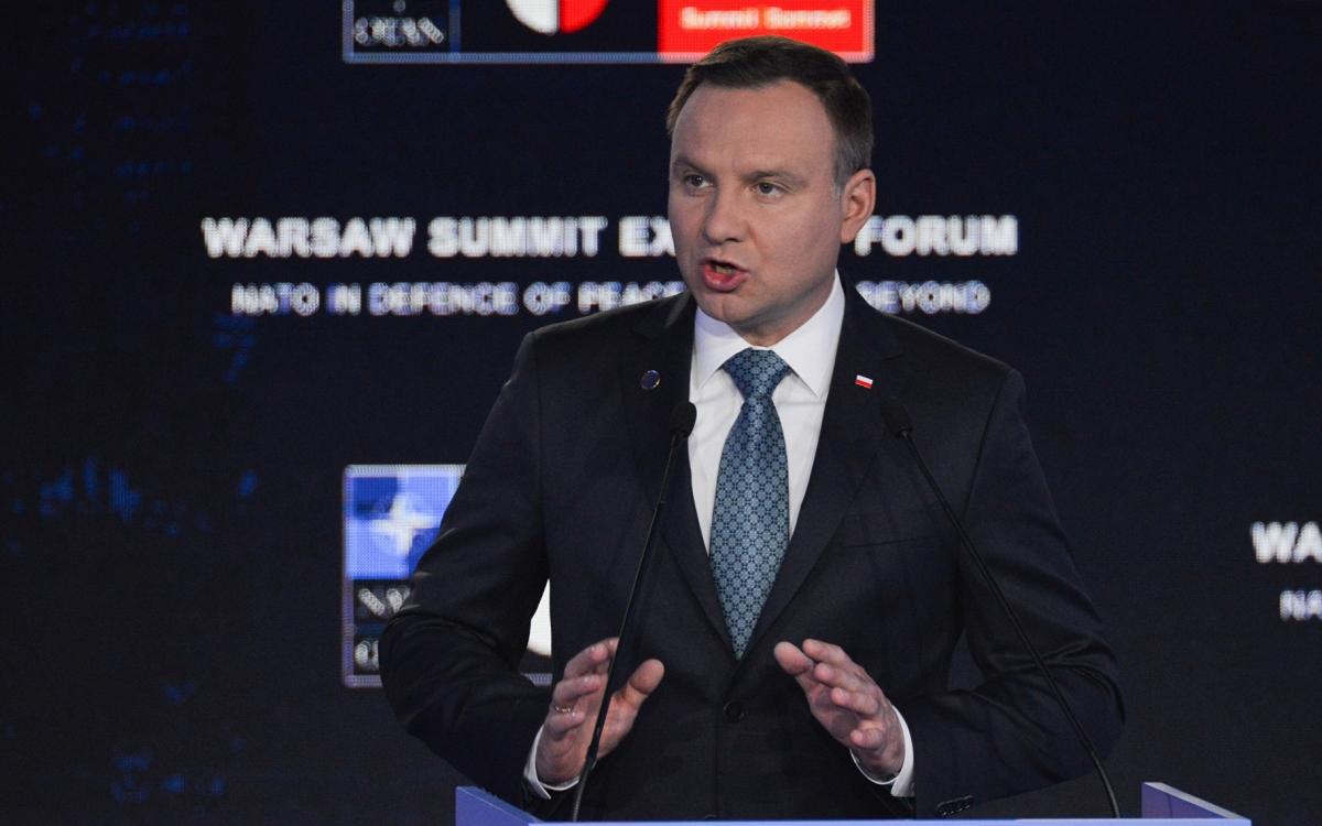 Зачем власти Польши нагнетаю…