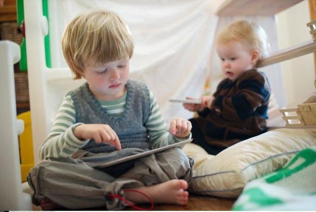 Ребенок и гаджеты, или куда катится этот мир?