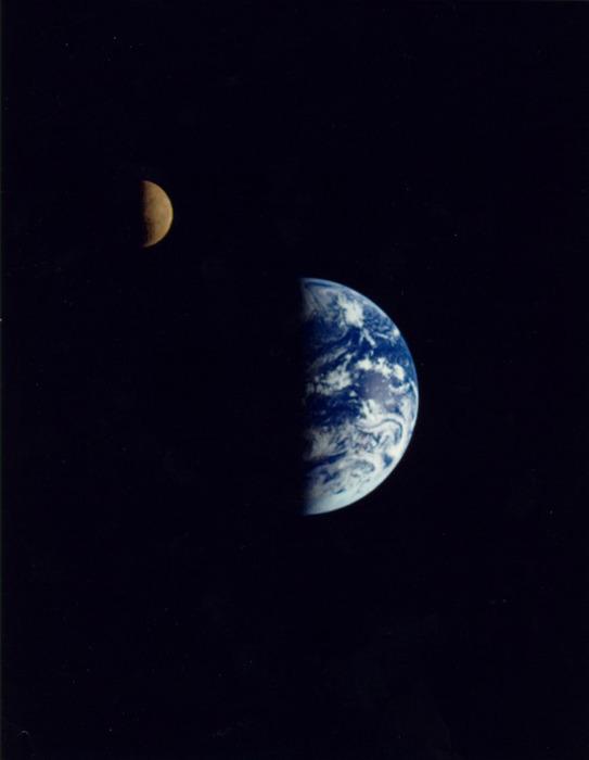 И снова о возникновении Земли и Луны