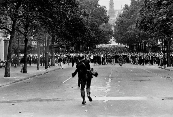 """Каким был протест """"желтых жилетов"""" 51 год назад:  всеобщая забастовка во Франции"""