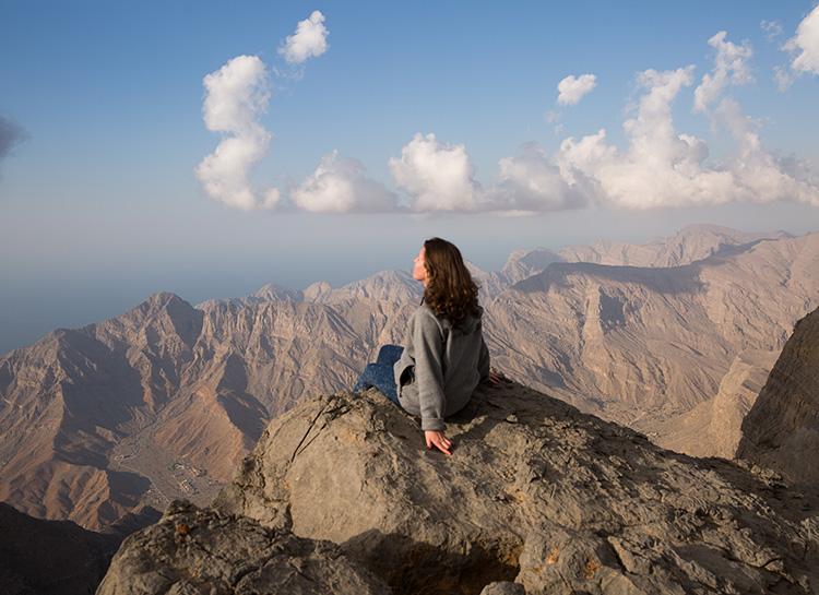 Кайтинг, сэндбординг и закаты в горах: самые необычные ретриты Объединенных Арабских Эмиратов пустыне, Sonara, Mleiha, одном, остаться, возможно, Эмиратов, почувствовать, Centre, горах, после, Archaeological, следующий, Dhabi, Surfing, можно, любителей, впечатлениями, Heaven, Stairway
