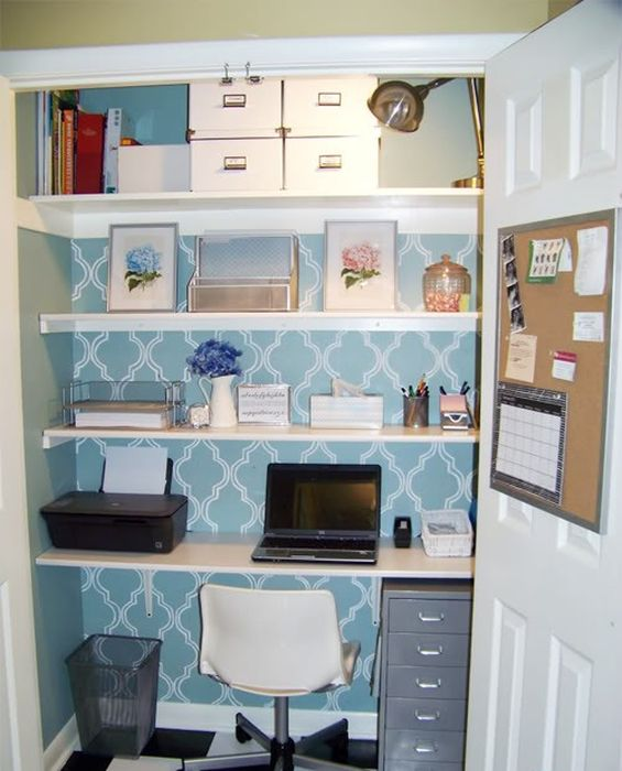 Кладовка, переоборудованная в домашний офис