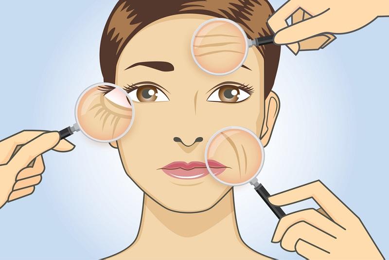 Бесхитростная манипуляция за 2 минуты справится с веером морщинок и напитает кожу