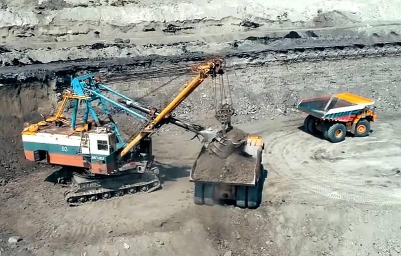 Вопреки мировому тренду: Зачем Россия наращивает добычу угля
