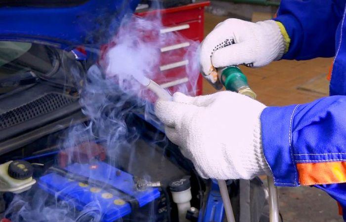 Как с помощью простой сигареты уменьшить расход топлива и устранить ряд проблем двигателя авто и мото,автоновости,автосоветы