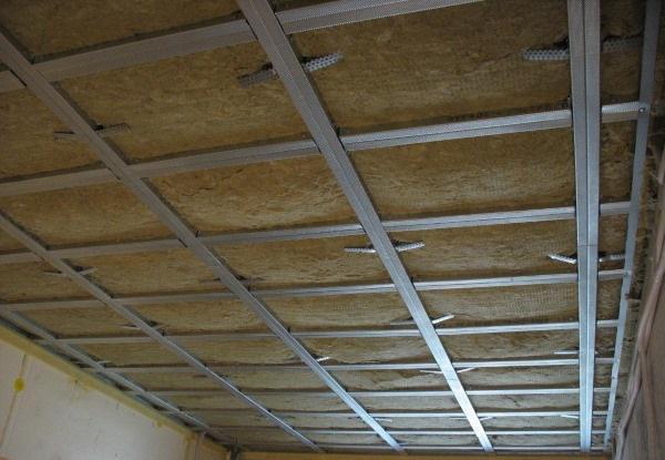 В чем сложность звукоизоляции подвесного потолка
