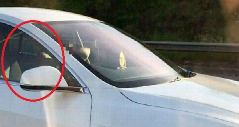 Водителя Tesla лишили прав за автопилот