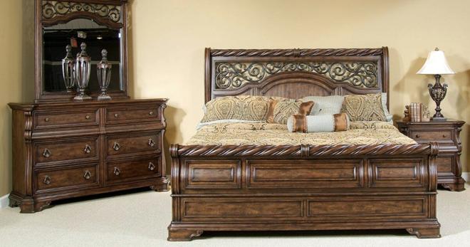 Деревянная мебель – средство для чистки, подходящее масло и правила покраски
