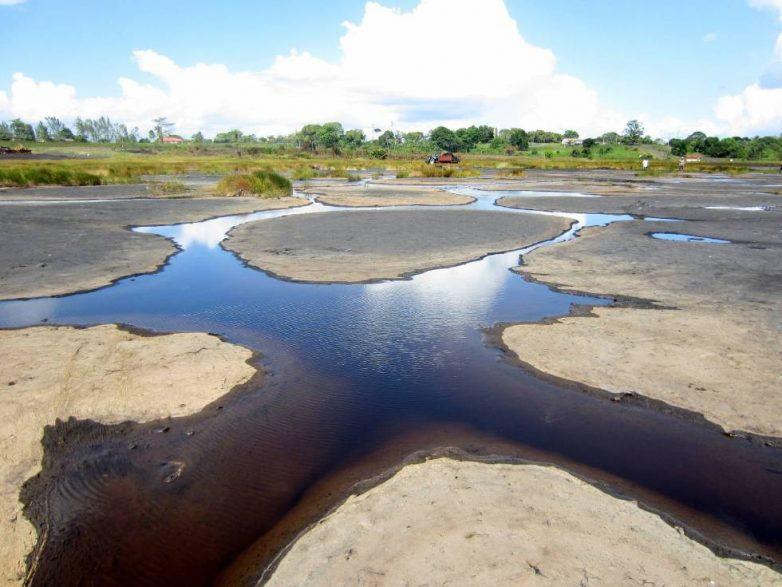 Страна чудес Тринидад: там есть настоящее асфальтовое озеро