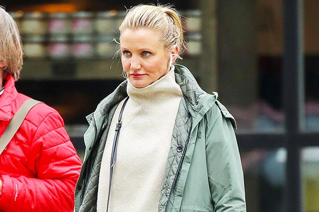 Кэмерон Диас в casual-образе на прогулке в Нью-Йорке Звездный стиль