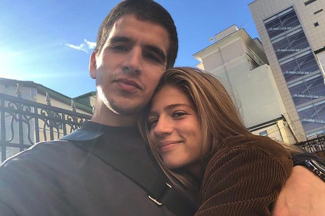 Telegram: Саша Новикова и Feduk тайно поженились Звездные пары