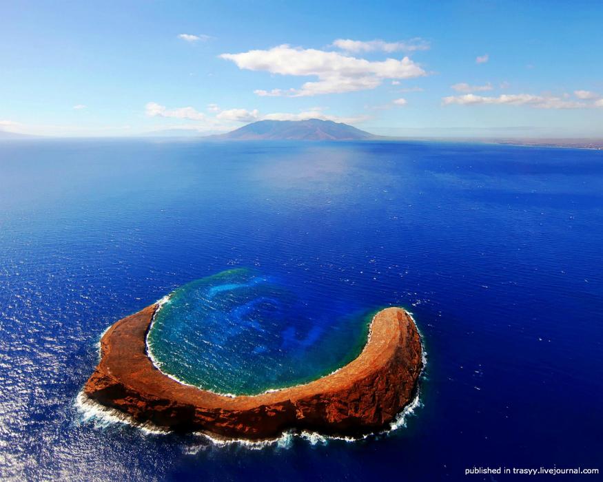 Самые удивительные вулканические кратеры нашей планеты
