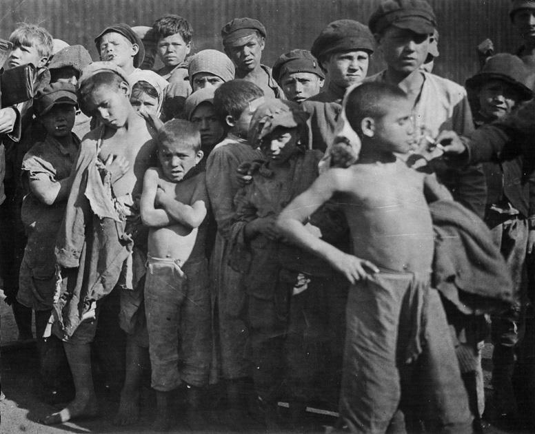 6. Группа детей-беспризорников. Москва, 1922. СССР, беспризорники, интересное, история, фотографии