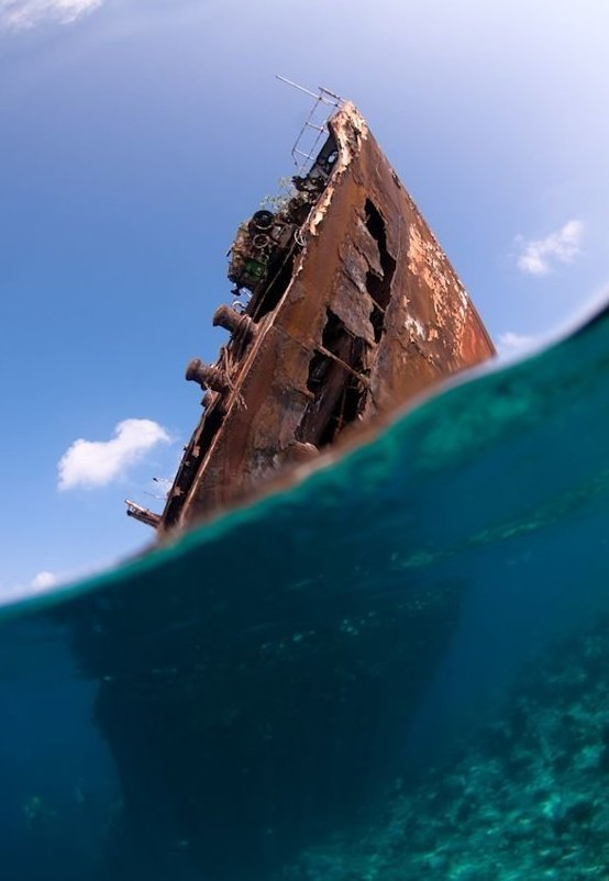 Выброшенные морем, умирающие под ветрами выброшенные, жизнь, катастрофа, корабли, красота, невероятное