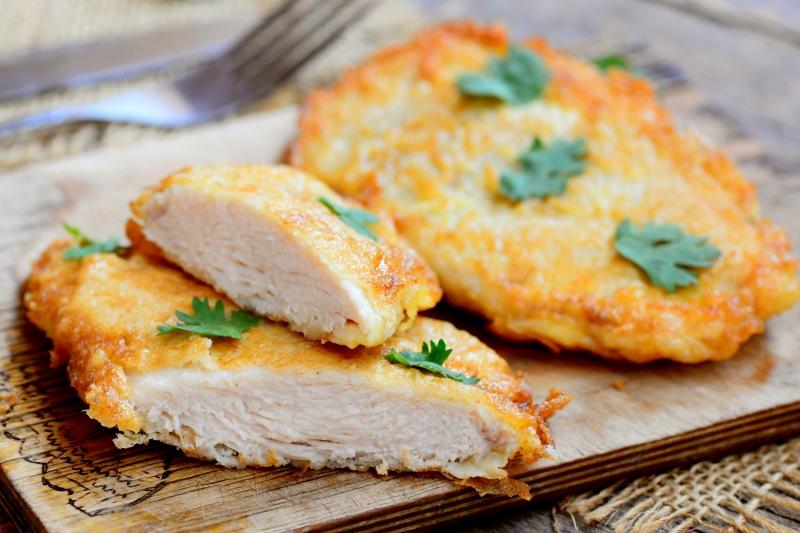сколько готовить куриные отбивные в духовке