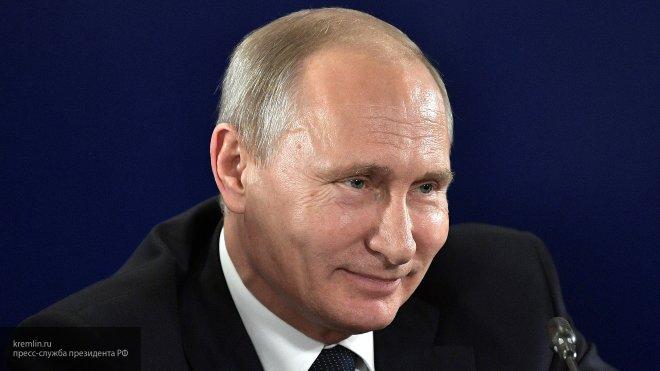 Путин поздравил Михайловский театр со 100-летием оперной труппы