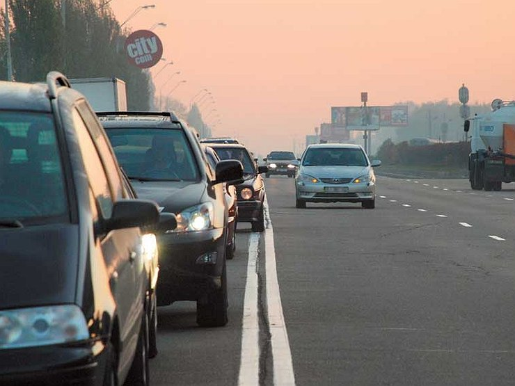Что говорить сотруднику ГИБДД, если поймали за «встречку» авто и мото,автоновости,гибдд,Россия