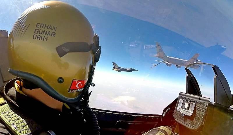 Турецкие F-16 замечены в небе над Карабахом Новости